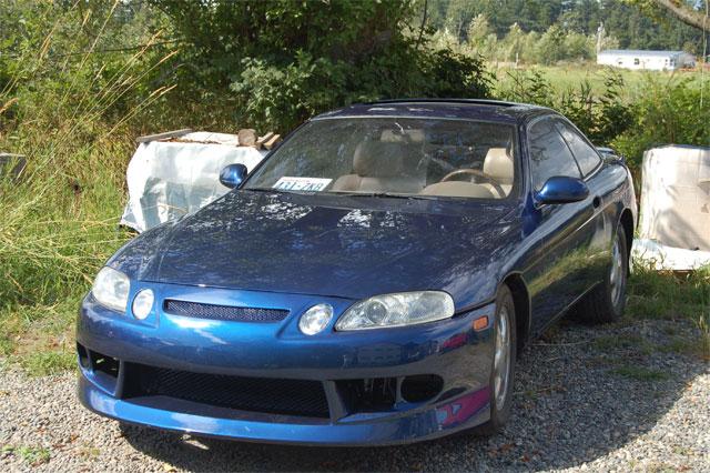 Blue to Purple Kameleon shifter on Lexus.