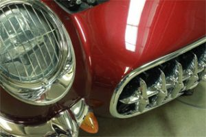 Mauve Rose red Kandy Pearls on Corvette Hood.