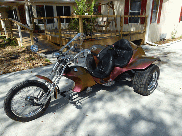 This Kustom Trike was painted with our 4739OR Kameleon paint pigment.